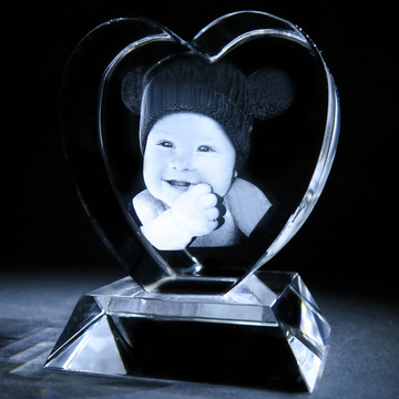 In a Crystal 3D Photo Heart 1 1